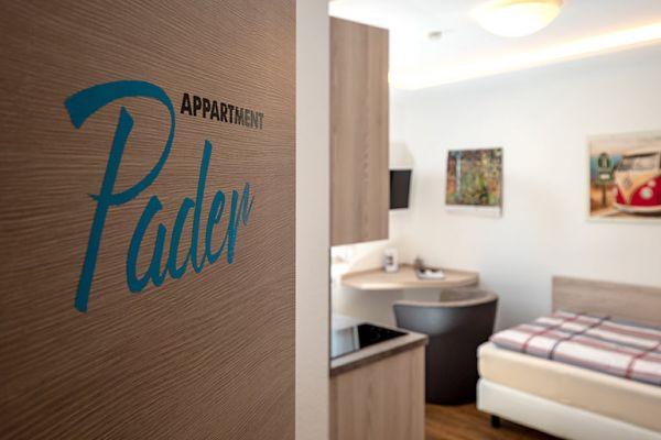 Apartment Pader